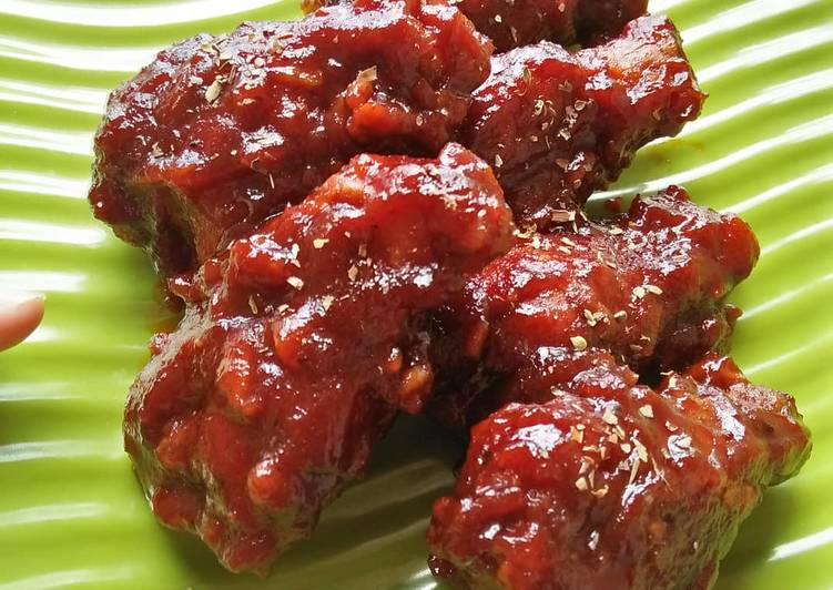 Resep: Korean Spicy Chicken (Yangnyeom Tongdak ala @travfo)