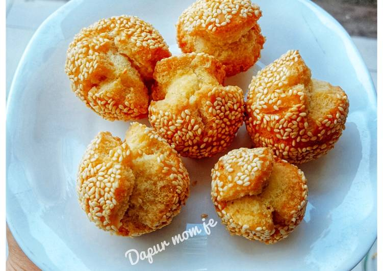 Resep: Onde onde ketawa aka roti ketawa gurih, lembut, harum dan enak enak
