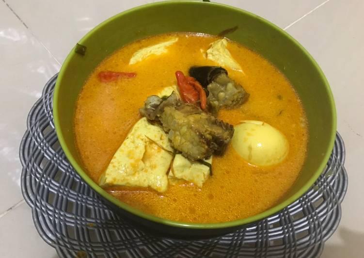 Resep: 1. Kuah Santan Ikan Pari (Pe) dengan telor dan tahu 🥰😍 lezat