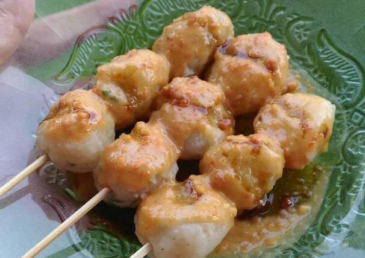 Cara memasak Cilok feat sambel pecel khas madiun 😁