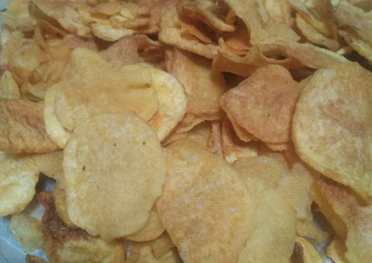 Resep: Keripik kentang kriuk praktis lezat
