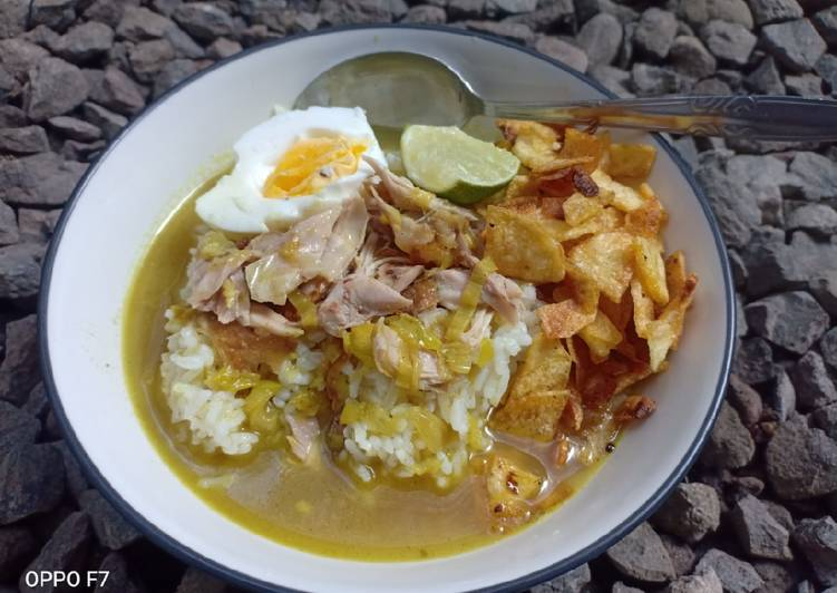 Soto ayam + kripik kentang home made