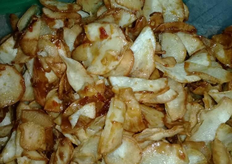 Cara Mudah memasak Keripik singkong pedas manis istimewa