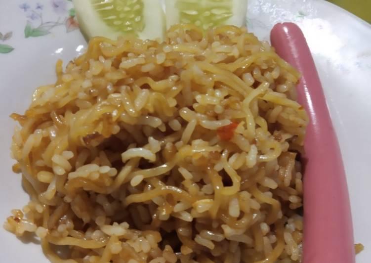 Cara Mudah memasak Nasi goreng mawut