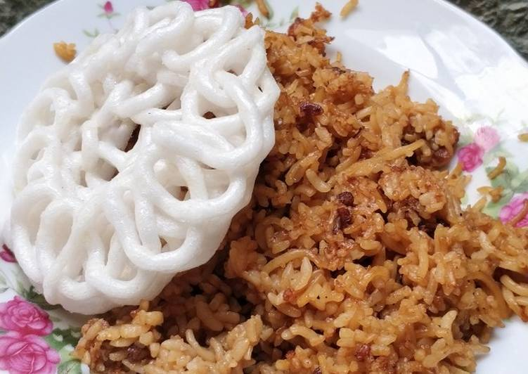 Resep mengolah Nasi goreng mAwut