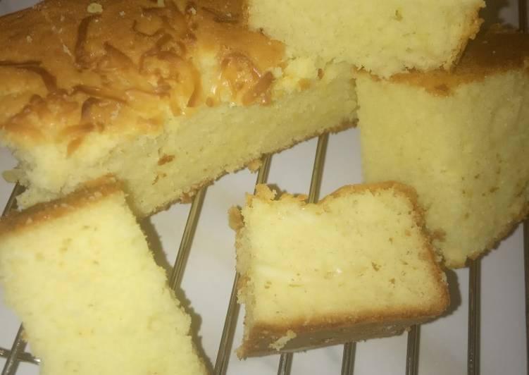 Cara mengolah Cake tape lapis keju