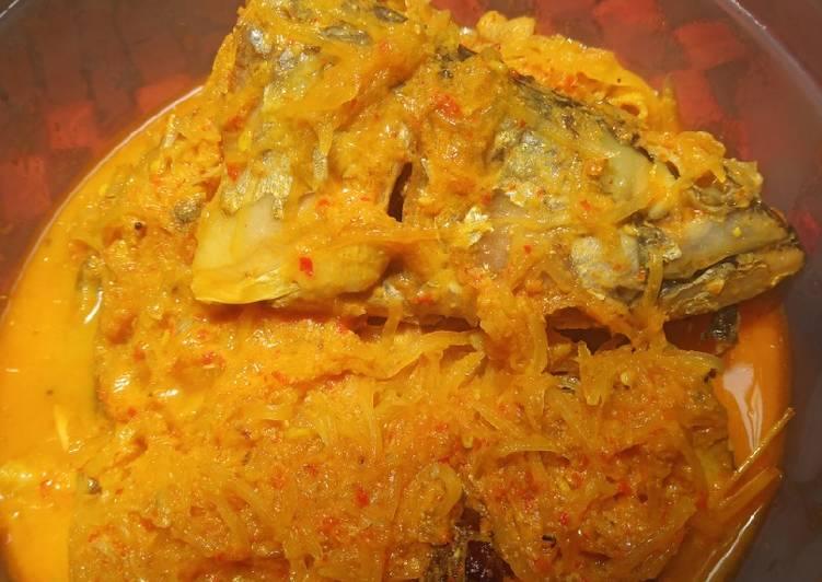Resep membuat Gulai campur ikan makarel dan pepaya muda lezat