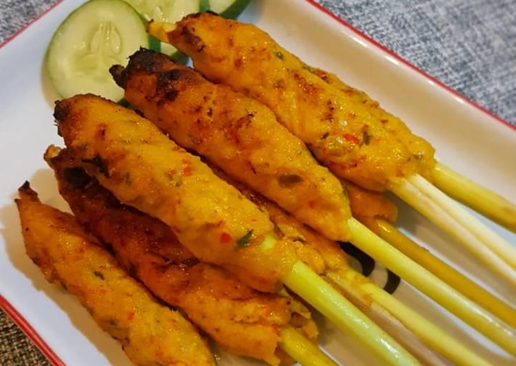 Resep: Sate lilit ayam khas Bali (Balinese Chicken Satay)