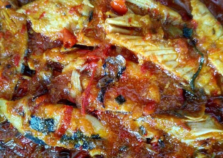 Resep memasak Geseng cakalang khas situbondo a.k.a tongkol bumbu merah istimewa