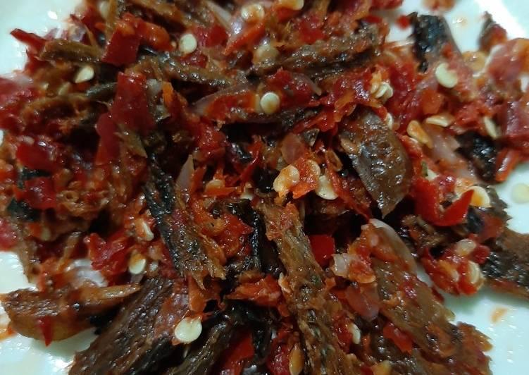 Resep: Sambal mentah belut kering lezat