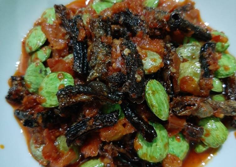 Resep: Balado belut kering + pete lezat