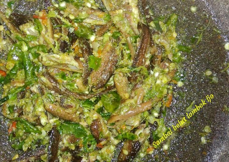Cara membuat Sambal belut lombok ijo lezat