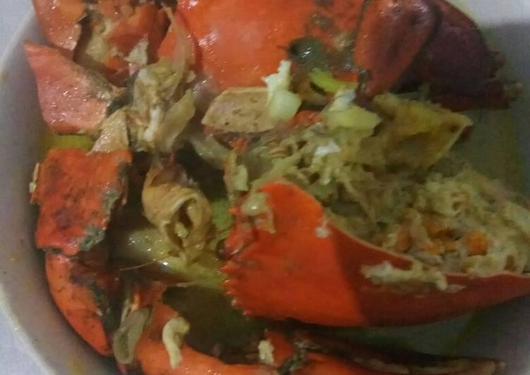 Cara memasak Kepiting bumbu kare istimewa