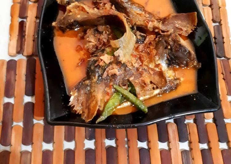 Resep: Mangut ikan pari pedas lezat
