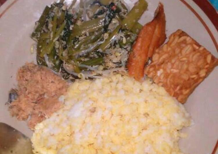Resep: Urap urap ikan asin nasi jagung