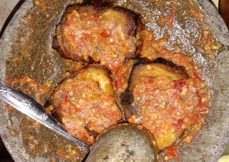 Cara Mudah memasak Pecak ikan Asep/Iwak Pe(Khas Pemalang Jawa Tengah)
