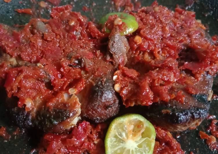 Resep memasak Sambal panggang/ikan asap