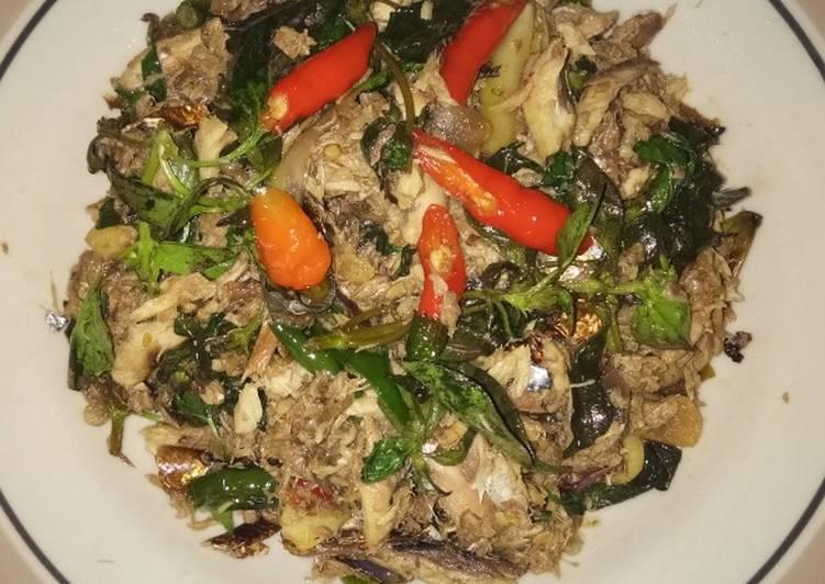 Resep memasak Tongkol asap suwir