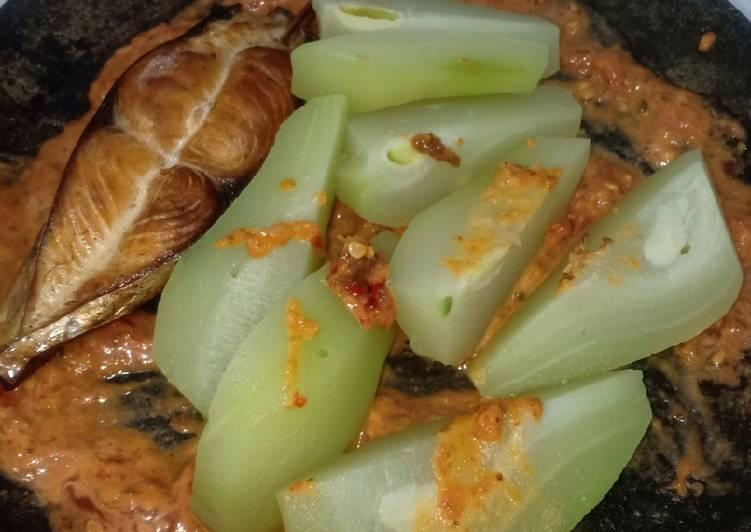 Cara mengolah Reecook ikan Asap sambal bawang @yayakwinarsih #Reecook lezat