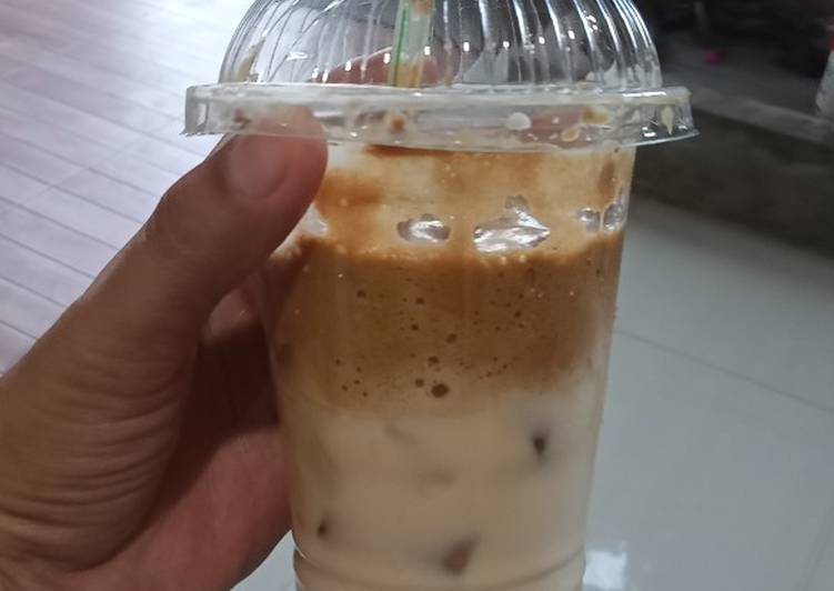Cara membuat Ice Dalgona Coffe 😍