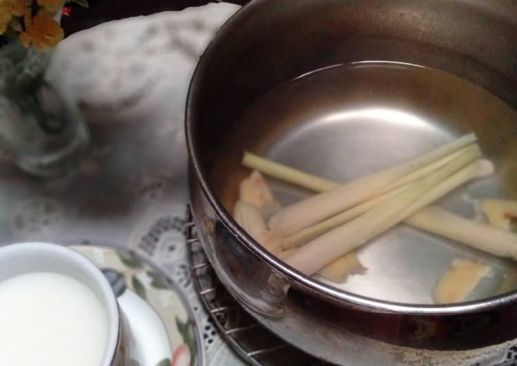 Resep: Air jahe merah dan serai lezat