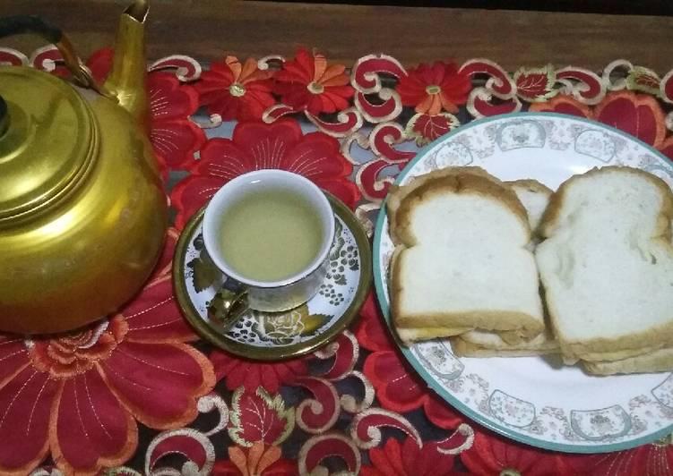 Resep: Roti kukus mentega tabur gula pasir&air jahe merah(teman hujan)