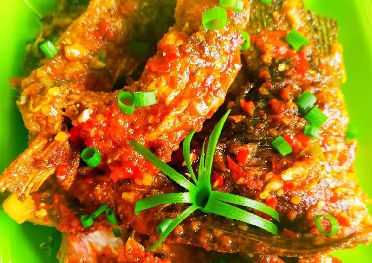 Resep: Ikan mas sambal saos tiram istimewa