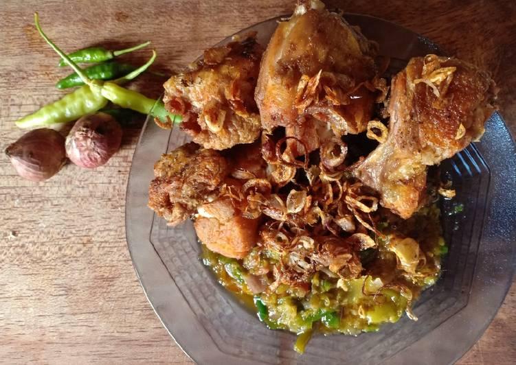 Resep: Ayam goreng sambal matah enak