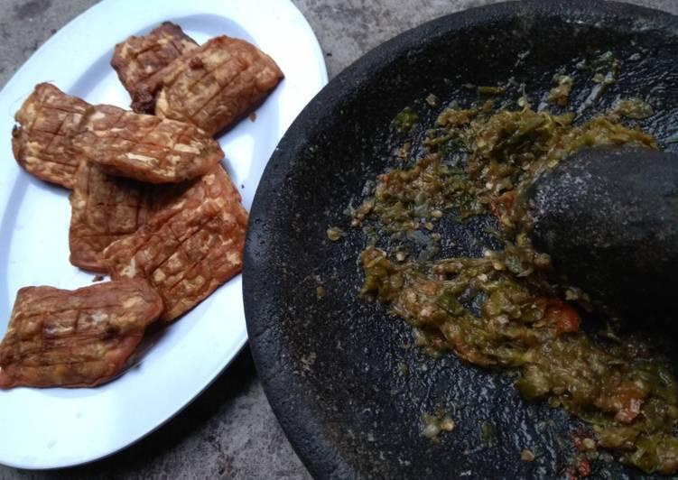 Tempe sambal ijo