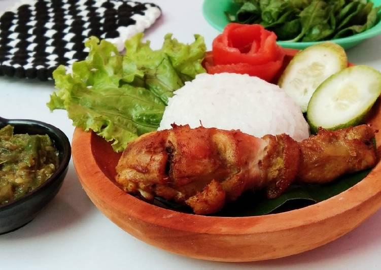Cara mengolah Ayam Goreng Empuk Meresap & Sambel Ijo