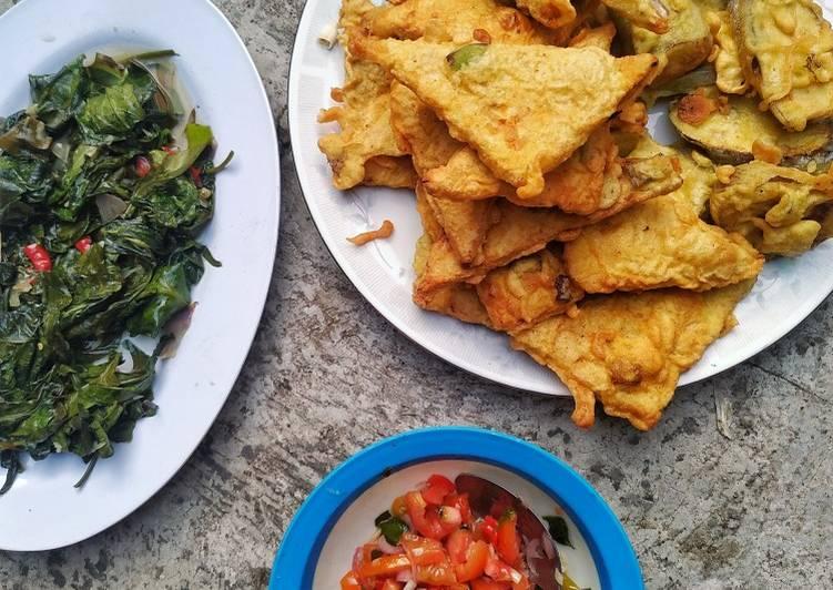 Cara memasak Tempe terong goreng tepung dan tumis kangkung