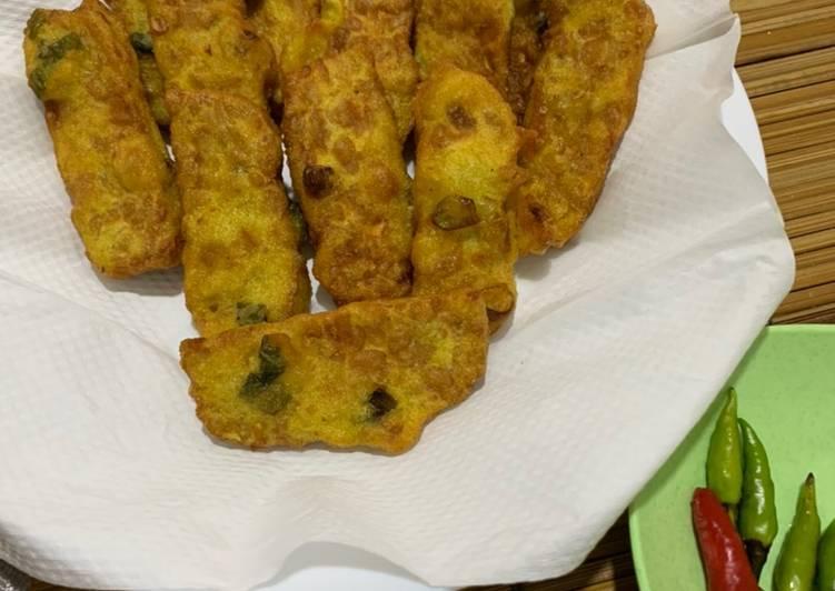 Resep: Tempe tepung goreng simple (mendoan kw)