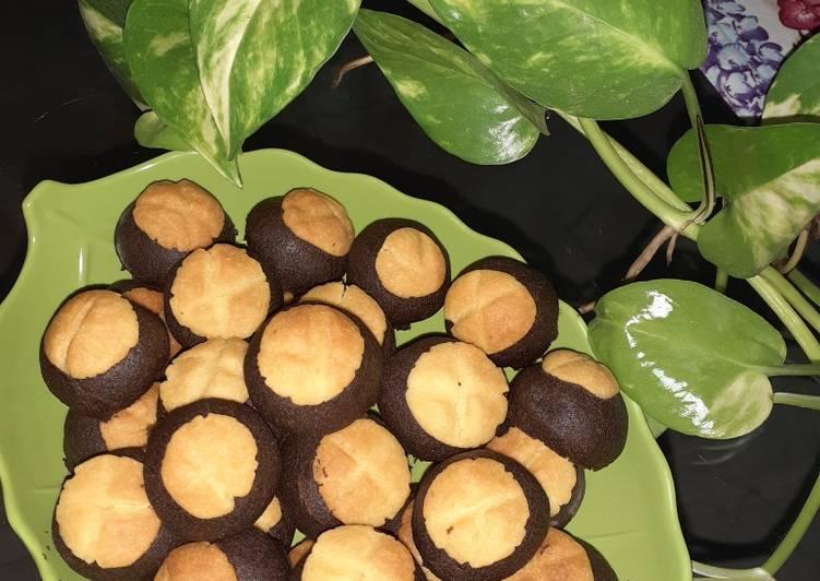 Cara Mudah membuat Black Nastar bertopi isian coklat istimewa