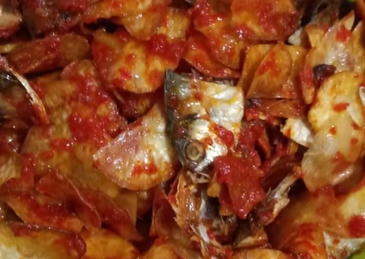 Resep: Kripik sanjai balado campur ikan asin enak