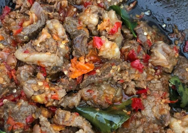 Resep: Daging sandung lamur batoko padang istimewa