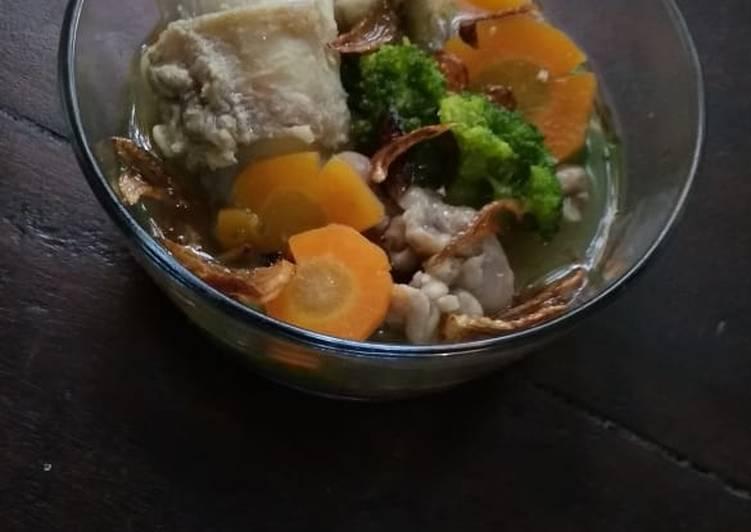 Resep membuat Sup tetelan sapi enak
