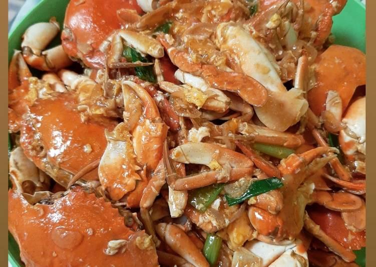 Cara mengolah Kepiting saos padang istimewa