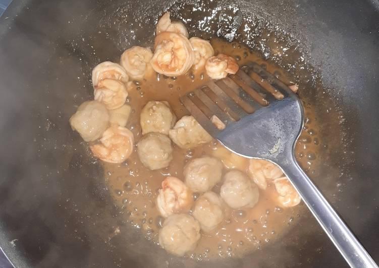 Resep mengolah Udang+bakso asam manis kilat