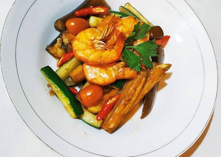 Cara membuat Tumis udang + zucchini zuccini zukini
