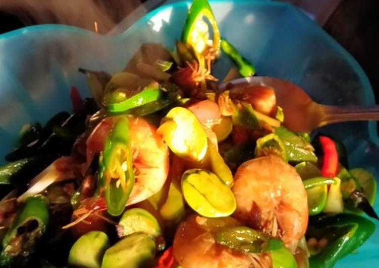 Cara Mudah membuat Udang pete saus tiram