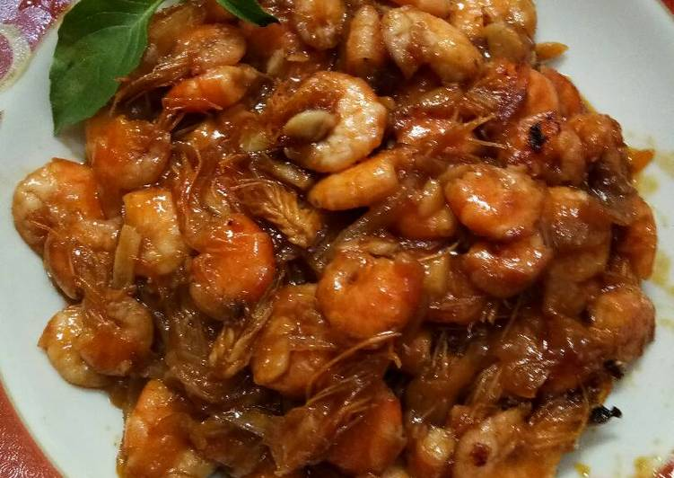 Cara memasak Udang saus tiram ala rumahan