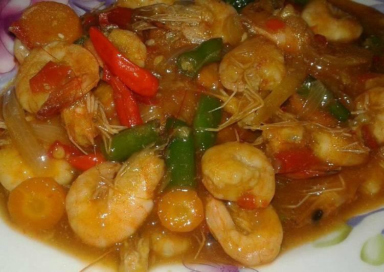 Resep memasak Udang Saus tiram pedas+ Sayuran lezat