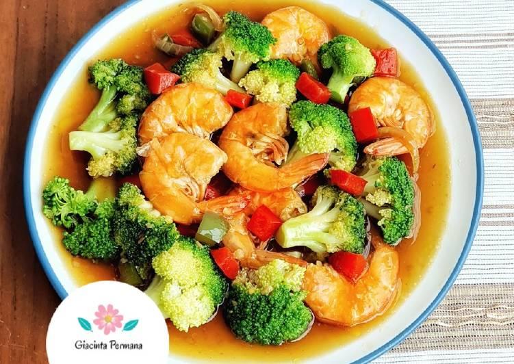 Resep: Tumis Brokoli udang saus tiram lezat