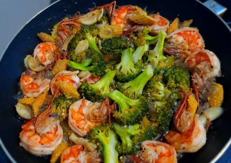 Cara memasak Udang cah brokoli saus tiram istimewa