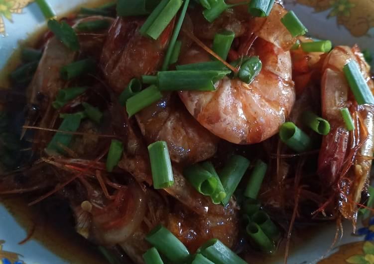 Resep: Udang saus tiram pedas