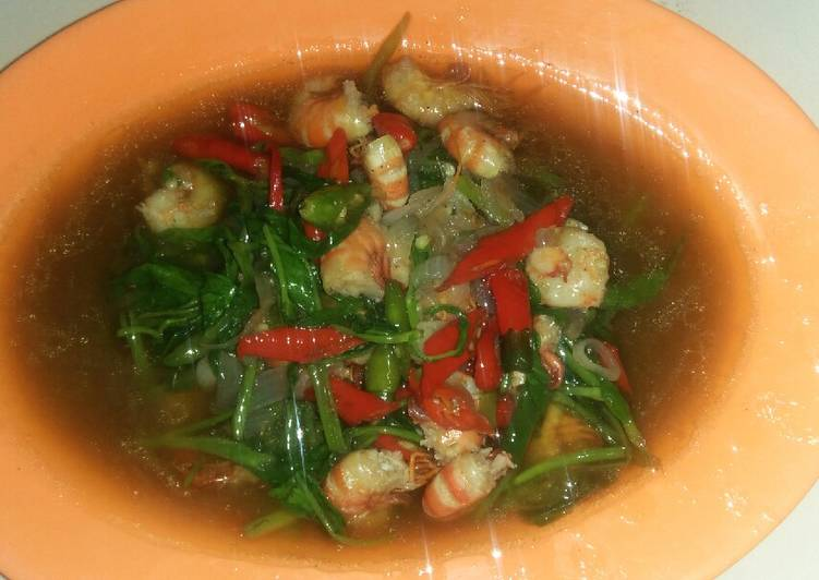 Resep: Cah kangkung udang saos tiram