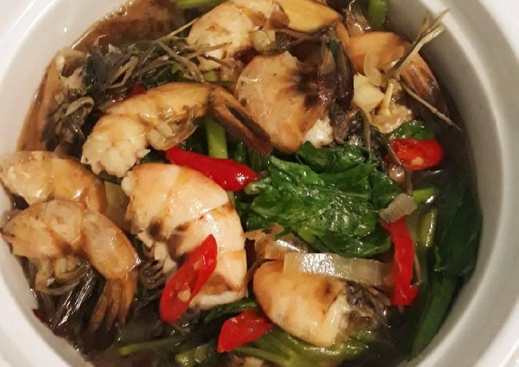 Resep: Tukangsawi/Tumis kangkung sawi-hijau udang saus tiram