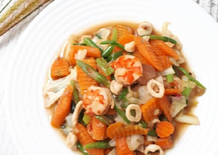 Resep membuat Cap Cai seafood lezat