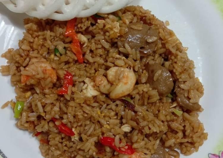 Resep: Nasi goreng seafood enak