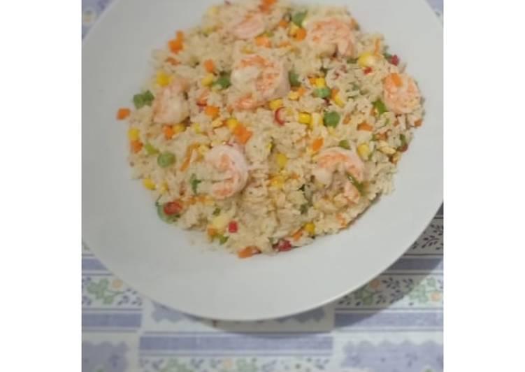 Cara Mudah memasak Nasi Goreng seafood lezat